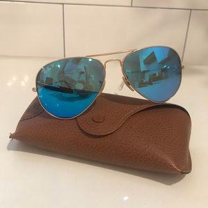 Ray Ban Aviator Sunglasses (Polarized) - AUTHENTIC